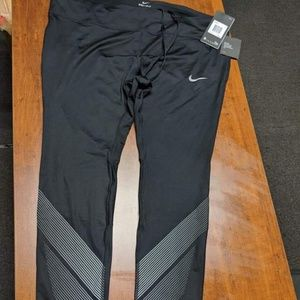 Women's Nike Plus Size 2x Leggings $65.00